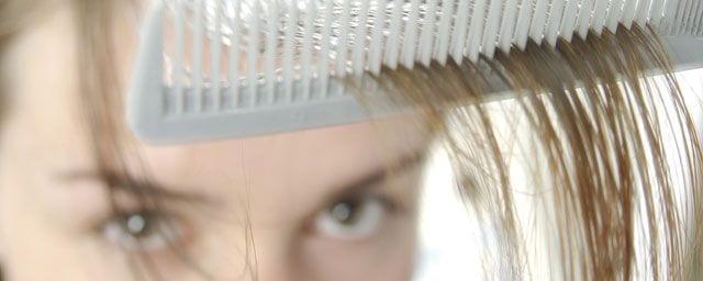 Caduta dei capelli: come si previene nella vita quotidiana?